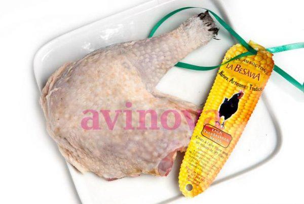 """Cuixa de pollastre del Penedès - """"Besàvia"""""""